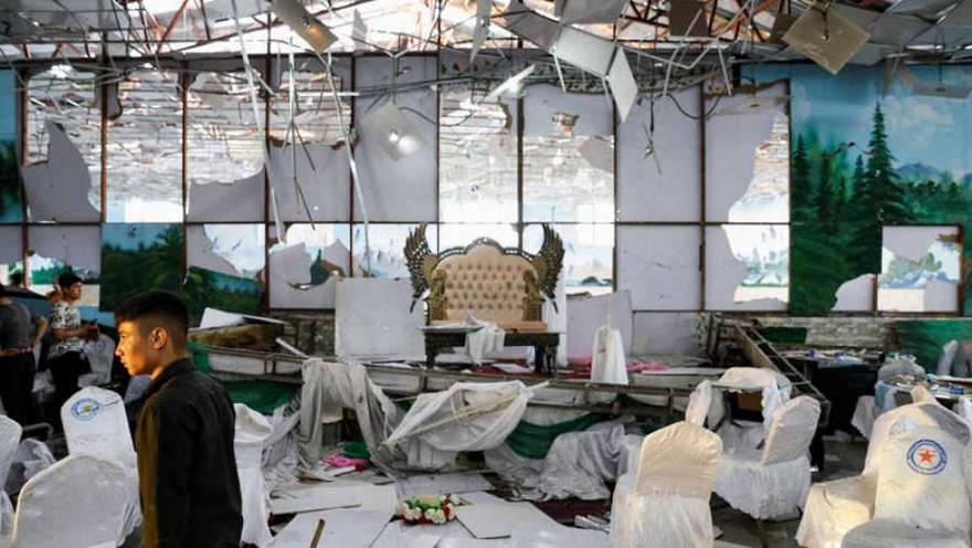 ISIS se responsabiliza por el atentado suicida en Afganistán que dejó 63 muertos