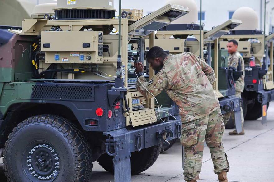 Ejército de EE.UU. reciben equipo de comunicación táctica de última generación