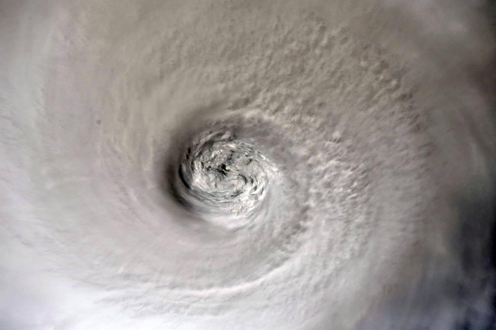 Impactante imagen del huracán por dentro (EFE)