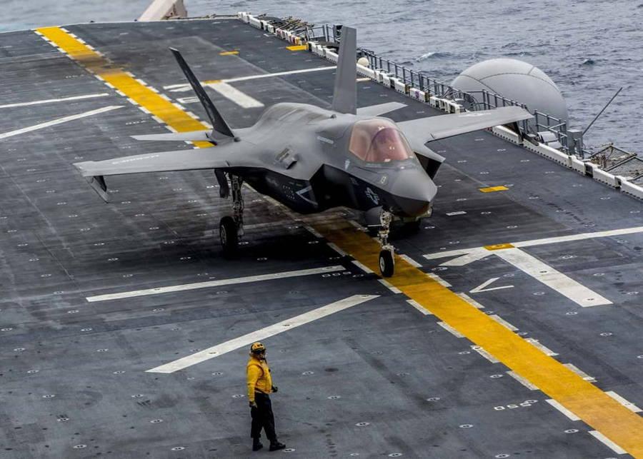 Nuevo F-35B de la Marina de EE.UU. convierte su buque de asalto anfibio en un portaaviones ligero