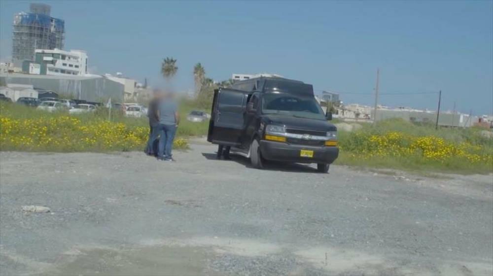 Una camioneta espía, propiedad de un exoficial de inteligencia israelí, que fue detenida en Chipre. - AFP