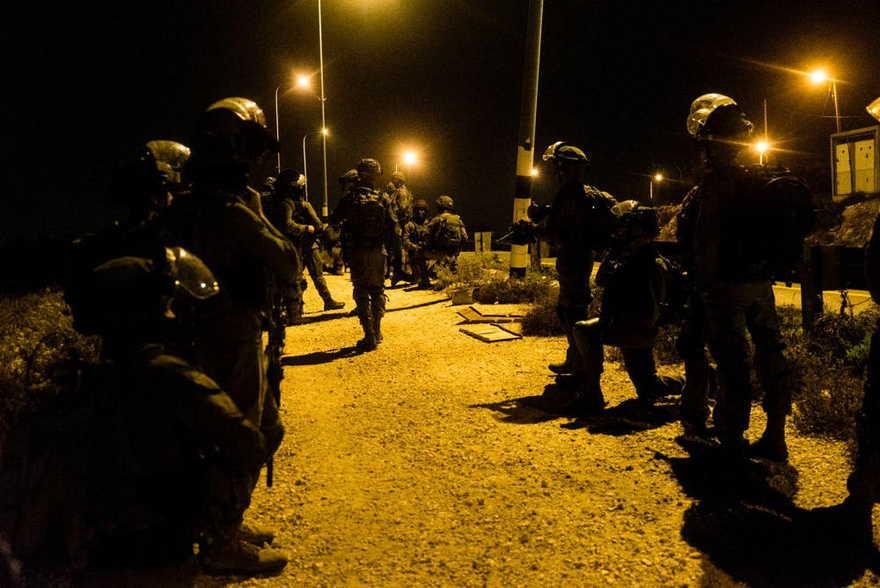 Fuerzas de seguridad israelíes frente al campo de refugiados palestinos de Arroub, frente a Judea y Samaria, Hebrón, el 28 de octubre de 2019. (Fuerzas de Defensa de Israel)
