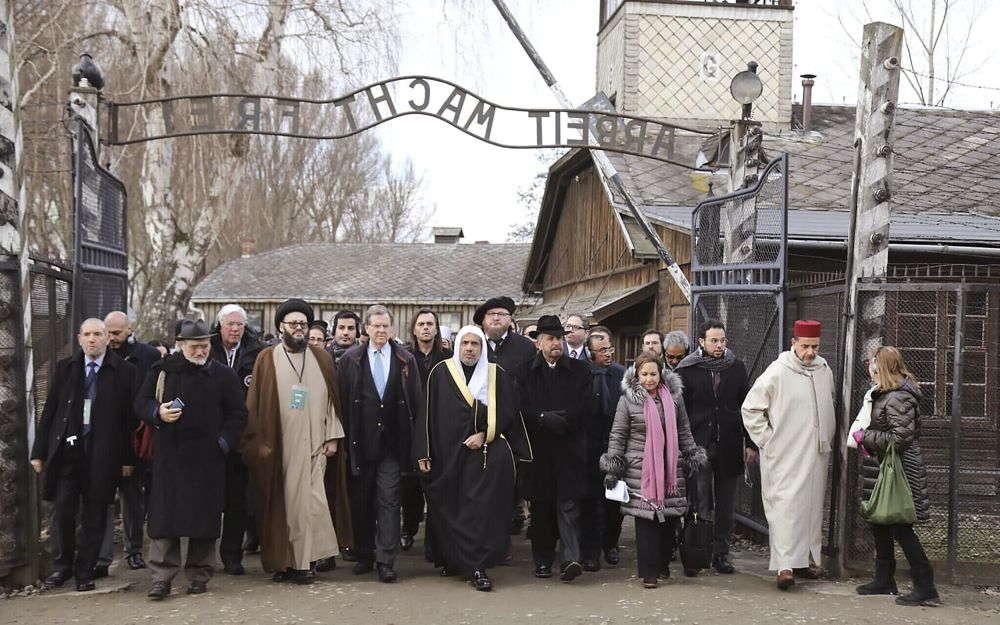 Obispos de Europa conmemoran la liberación de Auschwitz condenando el antisemitismo