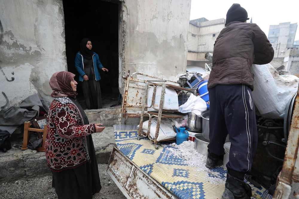 Sirios desplazados comienzan año nuevo en prisión abandonada