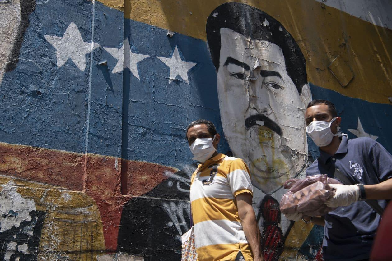 Maduro de Venezuela presenta 'molécula' que inhibe el Covid-19