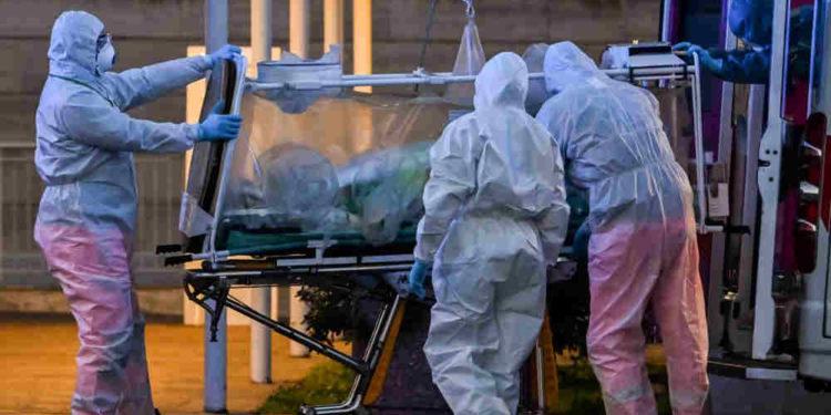 Número de muertes por coronavirus en Italia supera al de China