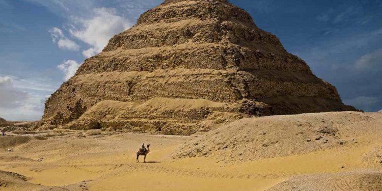 Egipto reabre su pirámide más antigua tras catorce años de restauración