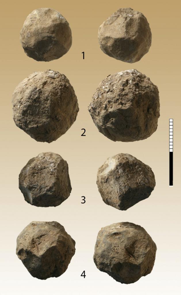 Arqueólogos israelíes resuelven el misterio de las esferas de piedra prehistóricas