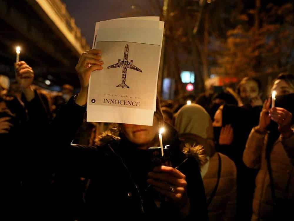 Legislador de Irán elogia al IRGC por derribar el avión comercial ucraniano