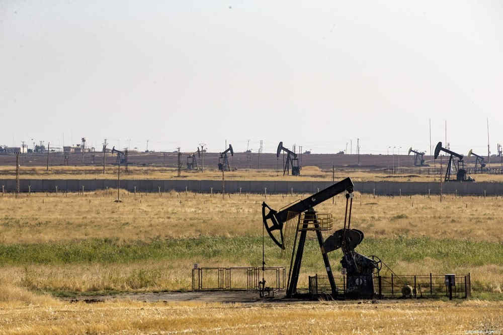 Régimen de Siria recupera campos petroleros capturados por ISIS