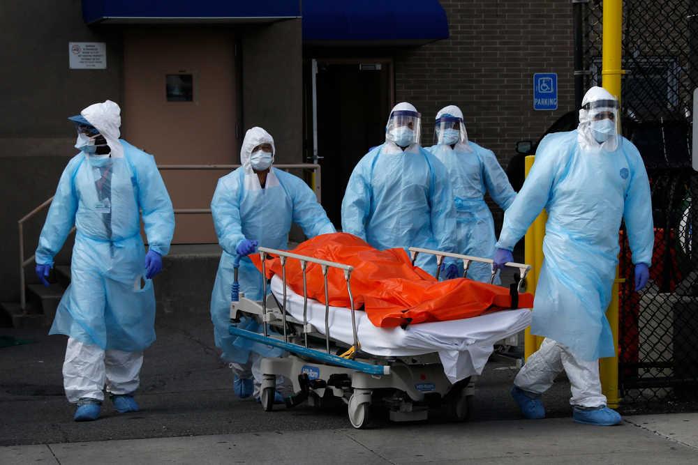 EE. UU. registra récord de muertes por coronavirus: 1.939 en un día