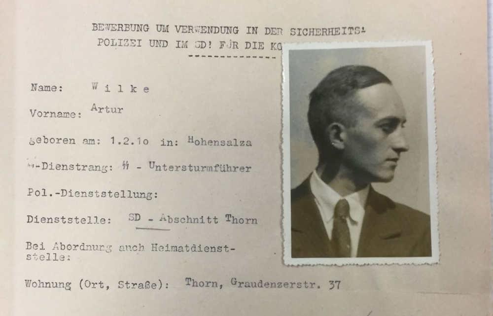 Mi maestro de escuela era un asesino en masa nazi con una identidad secreta