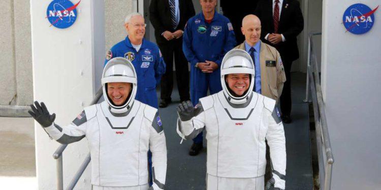 Astronautas de SpaceX retornan a la Tierra