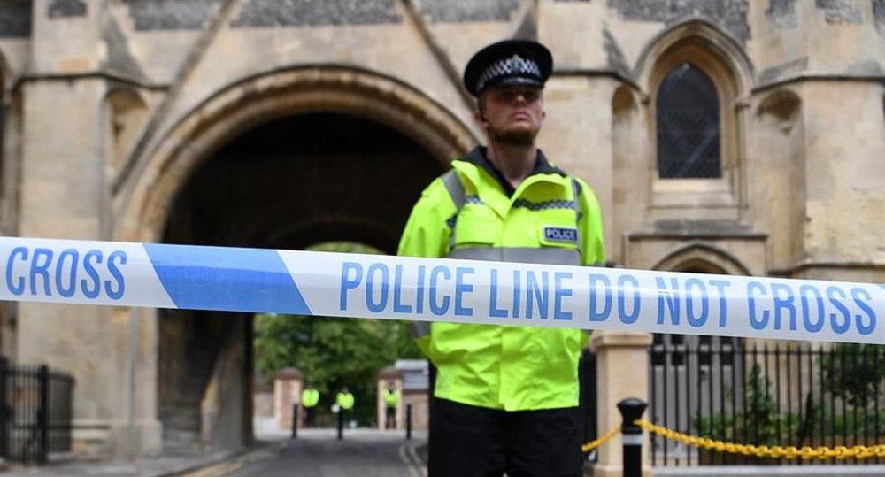 """Policía británica califica de """"terrorismo"""" el ataque que mató a tres personas en Reading"""