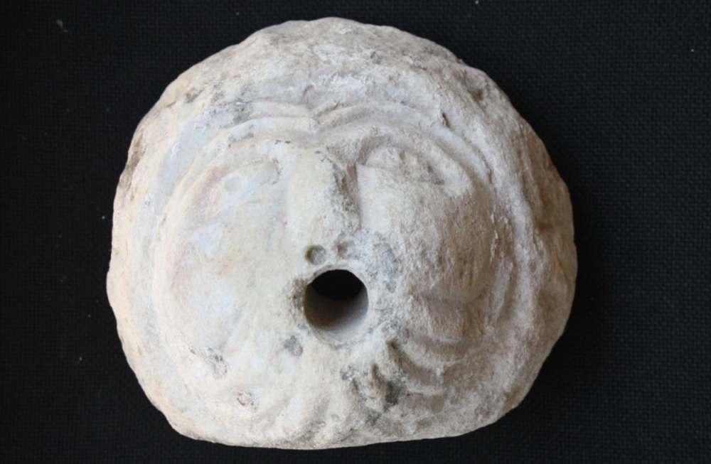 Talmud cobra vida en un rostro de mármol de hace 1.800 años hallado en Galilea