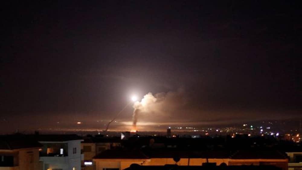 Israel ataca posiciones del ejército sirio en respuesta a intento de ataque en el Golán