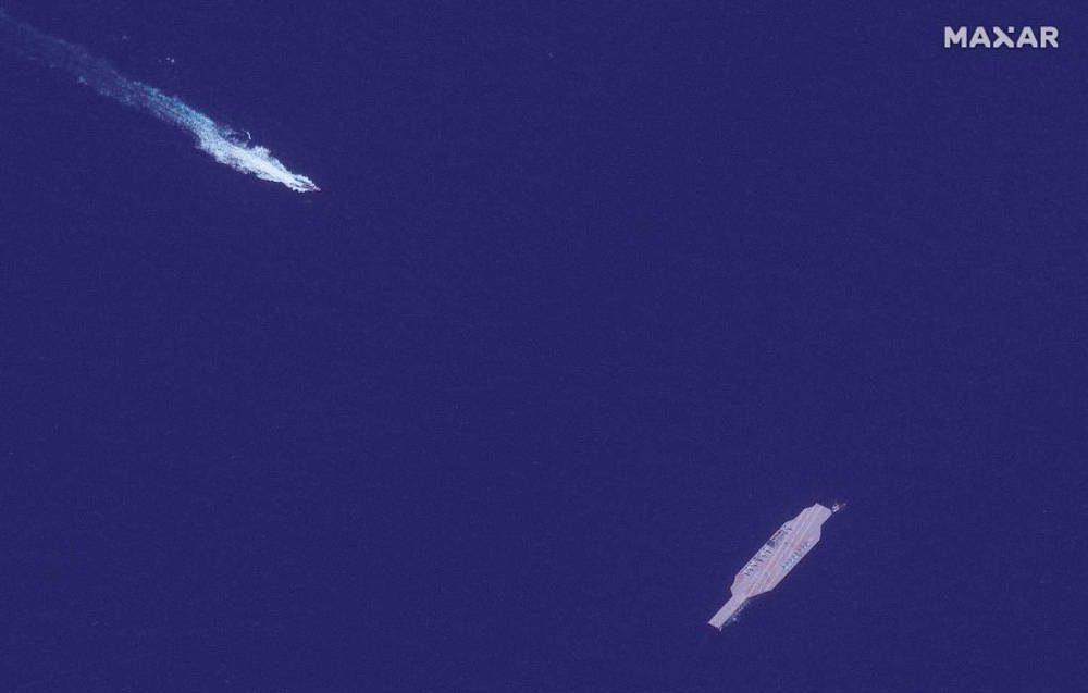 Irán mueve simulación de portaaviones de EE. UU. al Estrecho de Ormuz