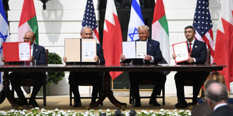 La asociación Emiratos Árabes Unidos-Israel promoverá la paz en Oriente Medio