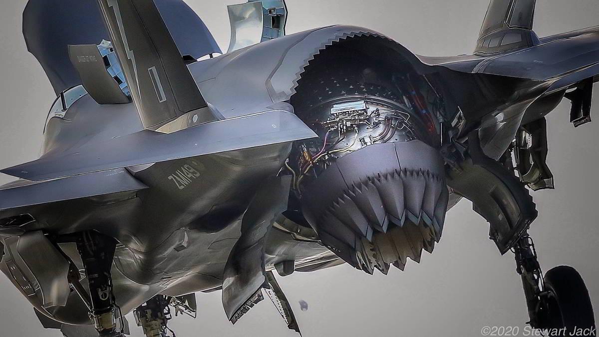 Raytheon recibió $ 560 millones por piezas de repuesto del motor del F-35