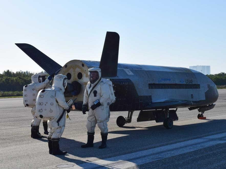 Nueva aeronave espacial china aterrizó en misteriosa base aérea