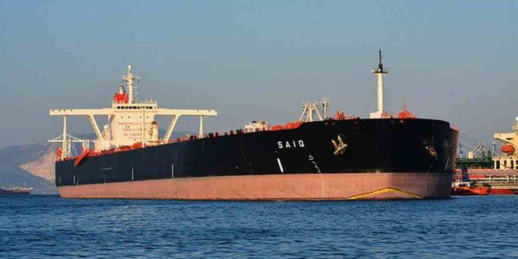 Contratación de superpetroleros pese a nuevo exceso de petróleo