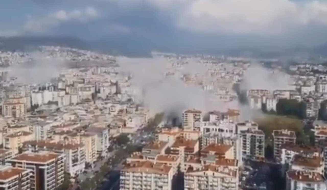 Daños reportados tras fuerte terremoto en Turquía y Grecia