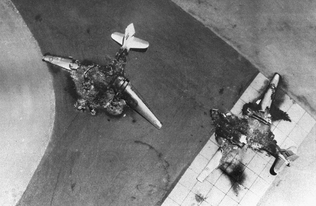 avion egipcio destruido