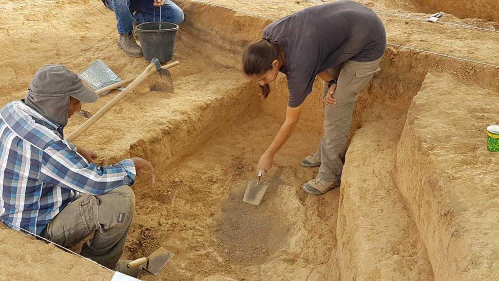 Taller de cobre de 6.500 años hallado en Beer Sheva