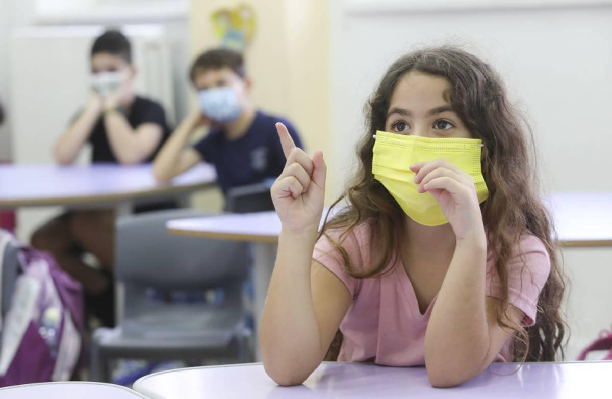 Covid-19 en Israel: Cerca de 145.000 escolares en cuarentena