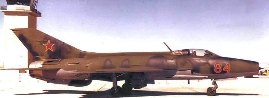 Cómo Israel consiguió este MiG-21 con el que posó Sean Connery