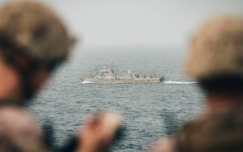 """Alto funcionario de la Marina de EE.UU. en Oriente Medio dice que se ha alcanzado la """"disuasión incómoda"""" de Irán"""