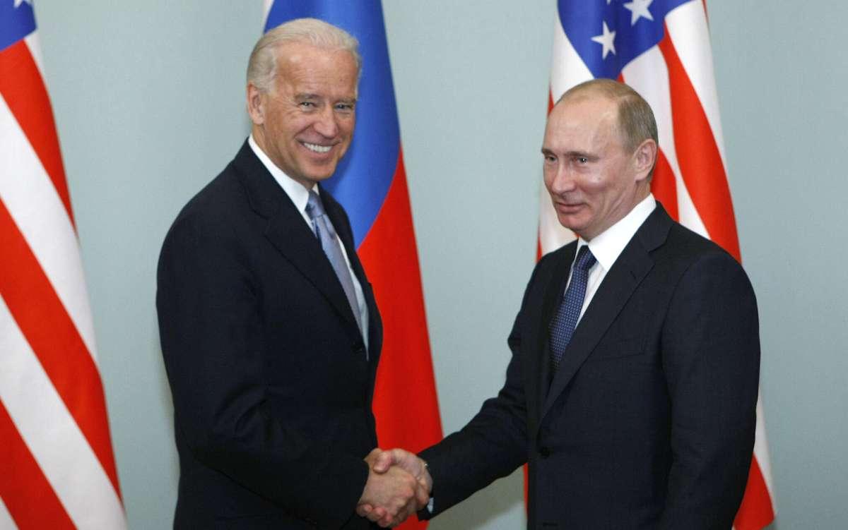 Putin felicita a Biden por victoria electoral