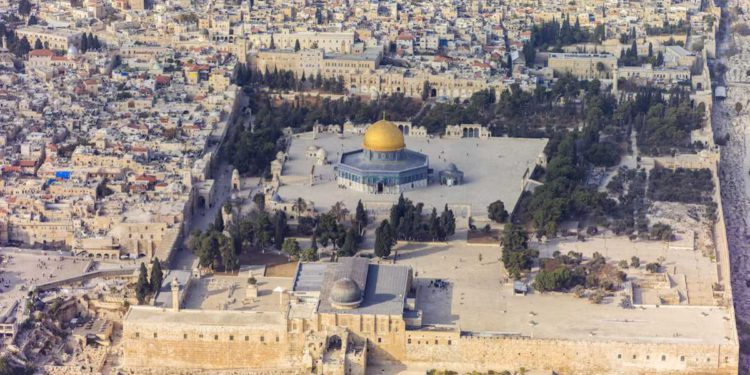 """Muftí de la Autoridad Palestina: El Monte del Templo es """"exclusivamente islámico"""""""