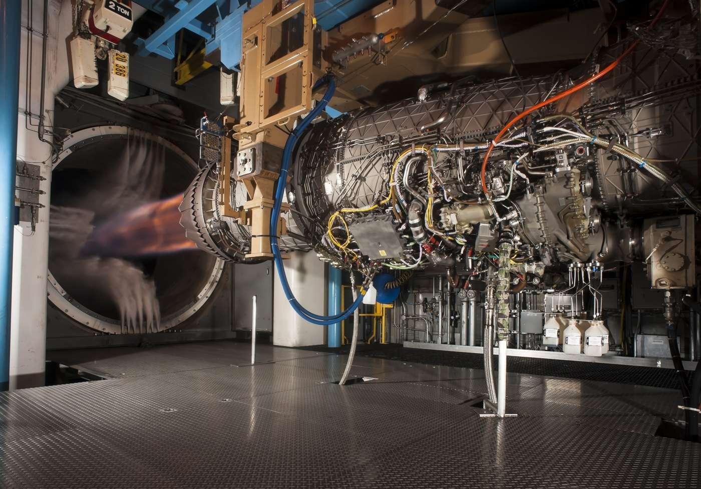 Retirada de Turquía del programa F-35 provocará aumento del precio de motores
