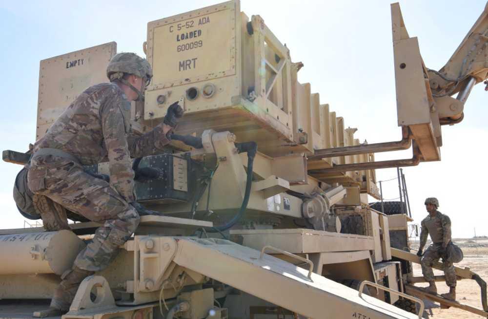 Biden retira baterías de defensa aérea del Golfo en medio de ataques Hutíes a los saudíes