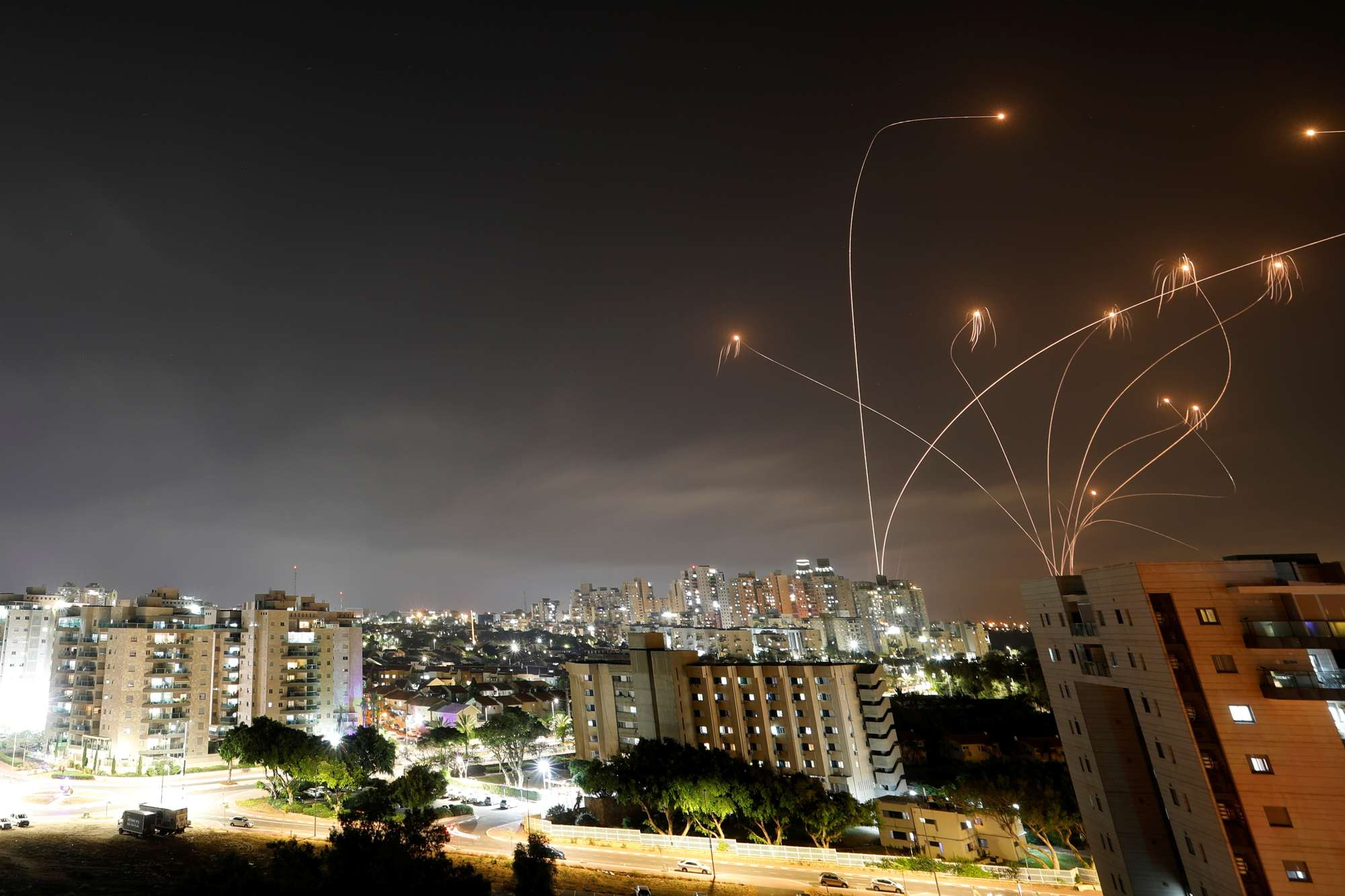 Más de 150 cohetes lanzados contra Israel