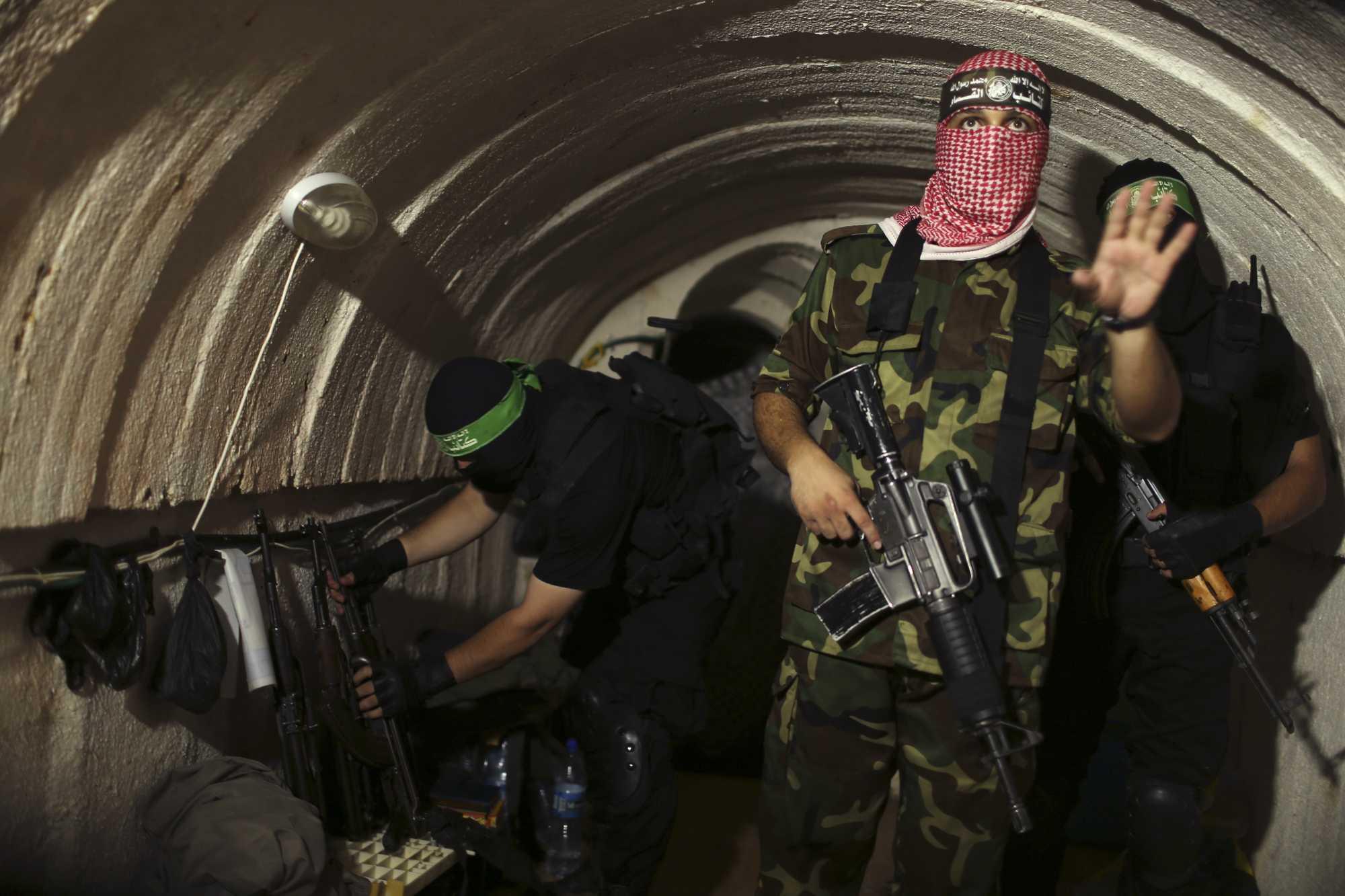Hezbolá advirtió a Hamás sobre ataque de Israel contra los túneles de Gaza