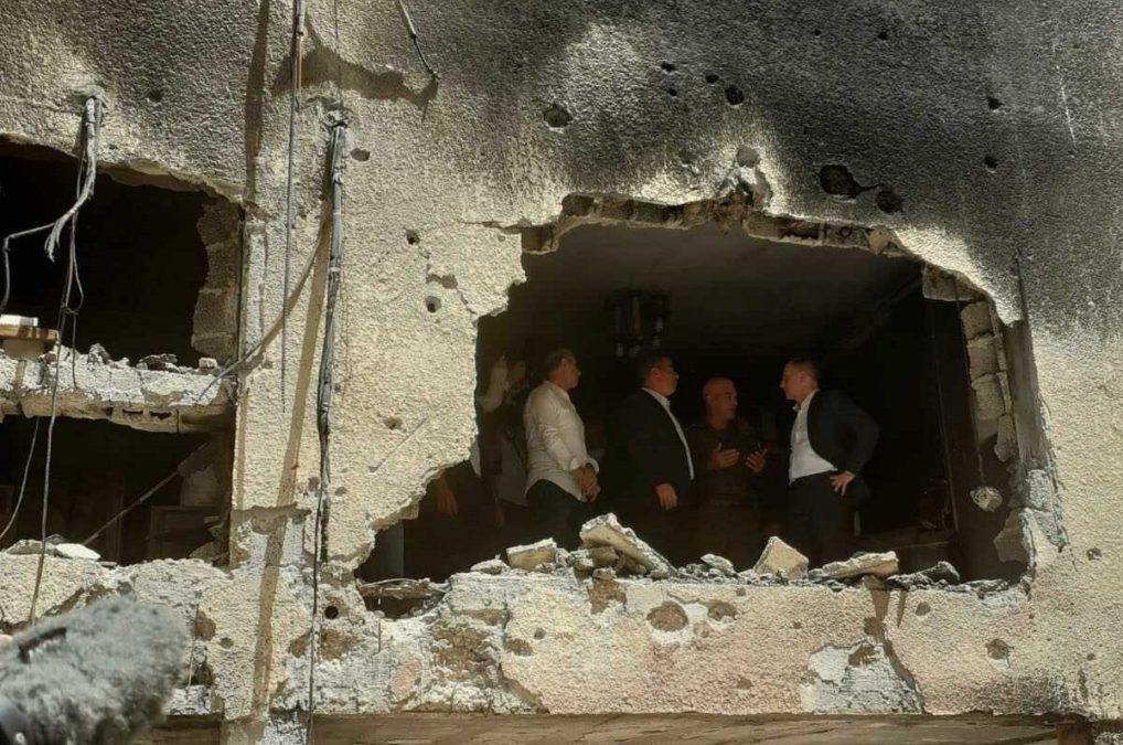 Heiko Maas de Alemania visita edificio atacado Hamás con cohetes
