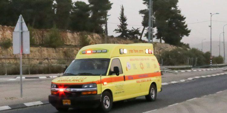 Hombre de 43 años herido en ataque con piedras en el centro de Samaria