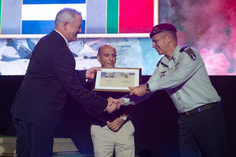 Israel otorga medallas de campaña a tropas de las FDI que combatieron en el sur de Líbano