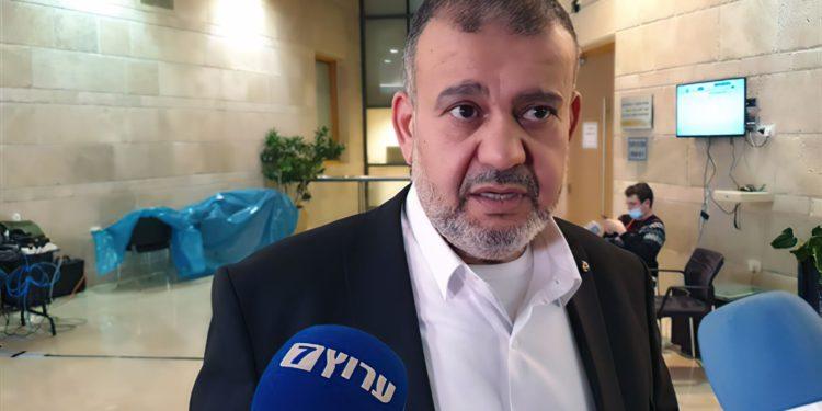 MK Waleed Taha: Israel contamina la mezquita de Al Aqsa