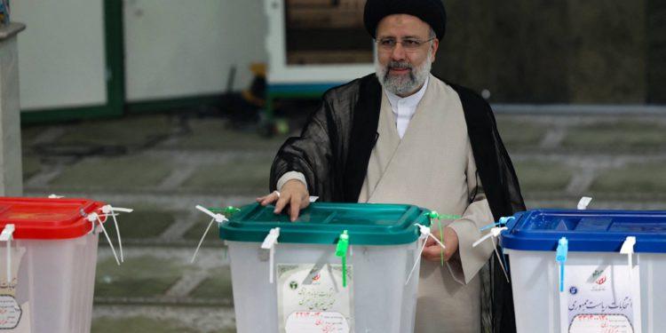 """Ebrahim Raisi de Irán será un """"gran desafío"""" para Israel"""