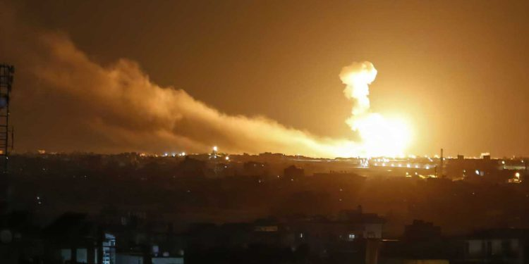 Informe de Siria: Israel lanzó misiles contra una posición militar en Quneitra