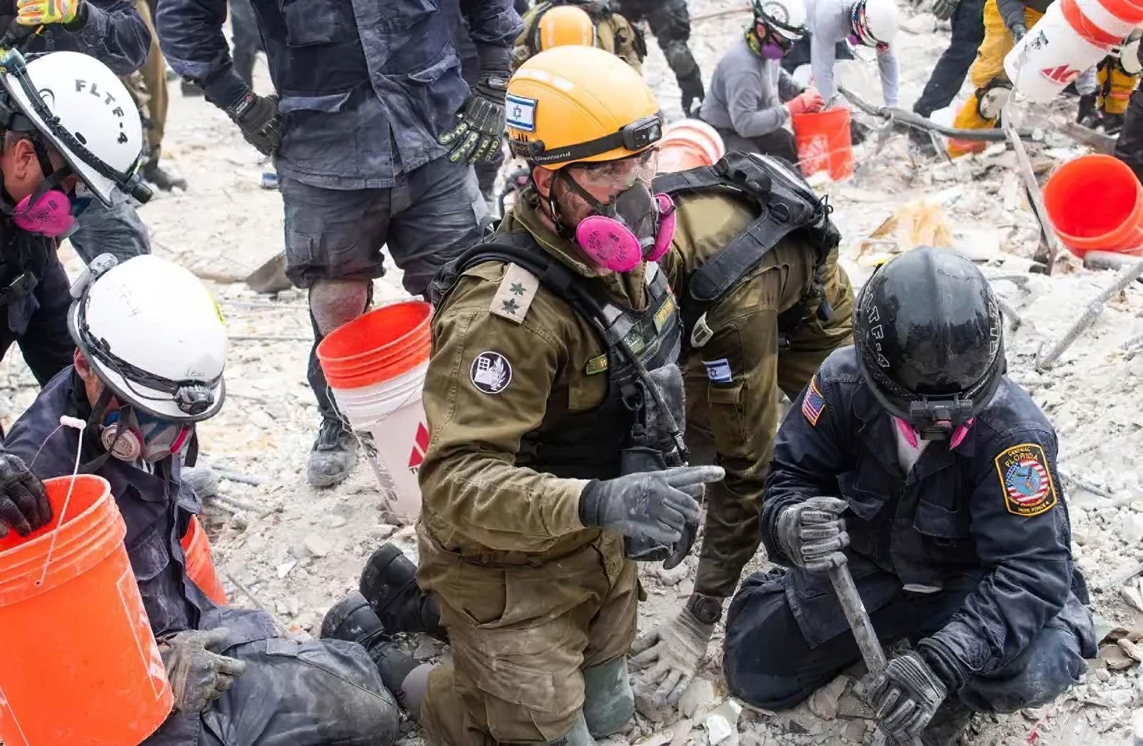 La experiencia israelí pone fin a la catástrofe de Surfside en cuestión de días