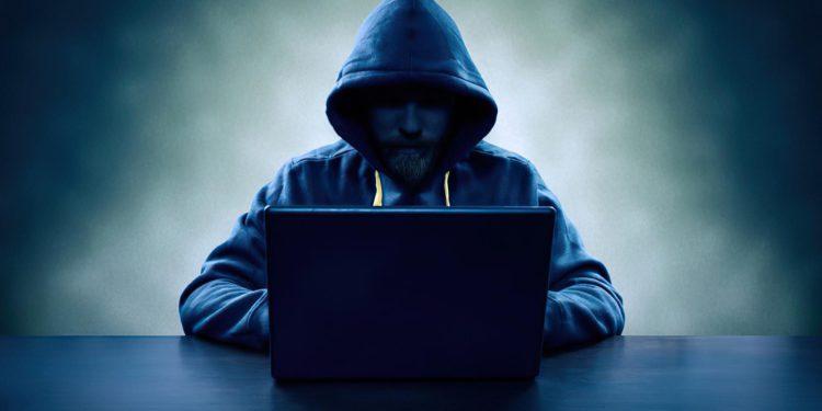 Hackers se llevan $600 millones en el mayor robo de criptomonedas de la historia