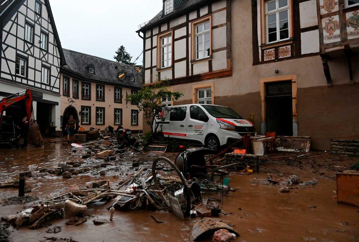 Inundaciones en Alemania dejan 103 víctimas y más de mil desaparecidos
