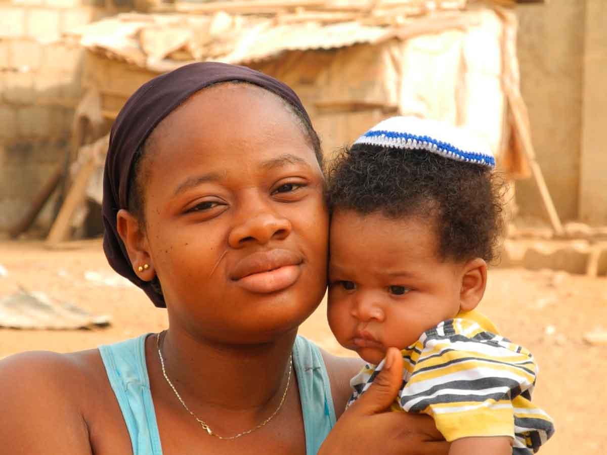 Cineastas israelíes abandonan Nigeria tras casi 3 semanas de prisión