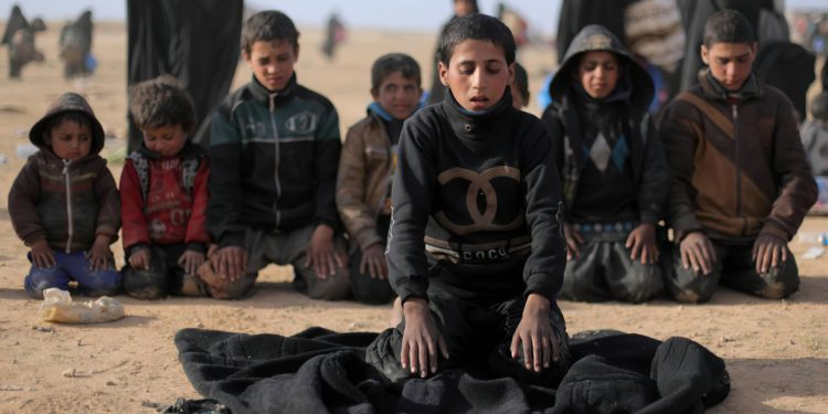 Kurdos de Siria buscan ayuda para rehabilitar a menores vinculados a ISIS