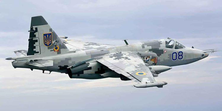 Rusia despliega aviones militares en la frontera con Afganistán