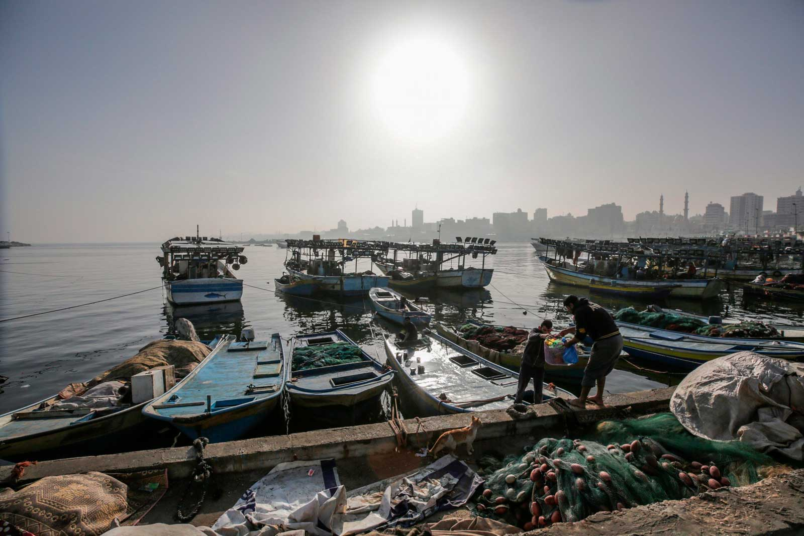 Hamás amenaza con atacar a Israel a menos que los fondos de Qatar ingresen a Gaza